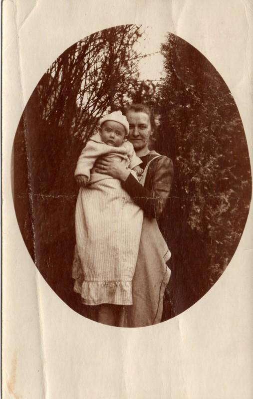 Eugen Haas to Eugen and Emma Klee, July 5, 1919, postcard #4 (front)